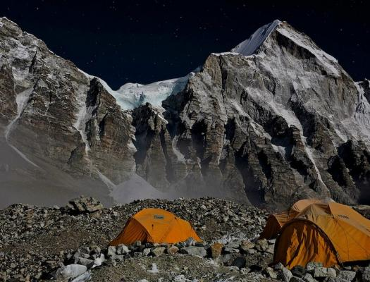 Noc na Mount Everestu 2015 UKC